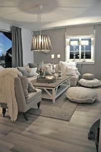 les 25 meilleures idees de la categorie salon gris sur With amazing couleur peinture pour salon moderne 0 peinture couleur lin pour la deco zen de votre maison