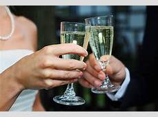 How to Make the Perfect Wedding Toast
