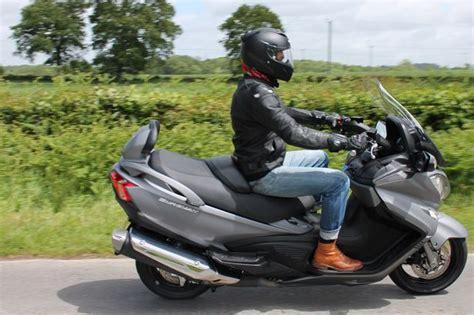 suzuki burgman  executive review real sharp scooter