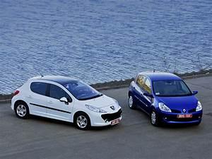 Renault 207 : peugeot 207 renault clio ~ Gottalentnigeria.com Avis de Voitures
