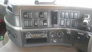 2004 Volvo Fm12 8x4 Fm12 Truck - Jtfd4054143