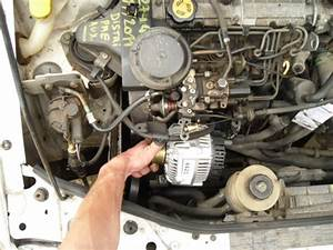 Alternateur Clio 3 Diesel : remplacement d 39 un alternateur megane i 1 9d tutoriel renault m canique lectronique ~ Gottalentnigeria.com Avis de Voitures