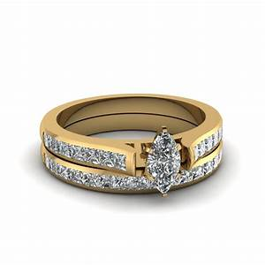 Marquise shaped diamond wedding ring sets with white for White diamond wedding ring