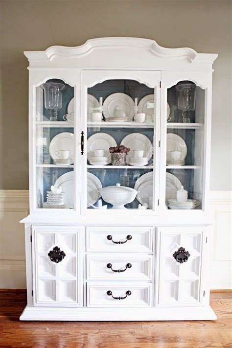 how to arrange a china cabinet best 25 china cabinet display ideas on china