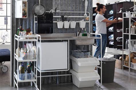 monter sa cuisine ikea sunnersta la kitchenette ikea abordable et facile à monter