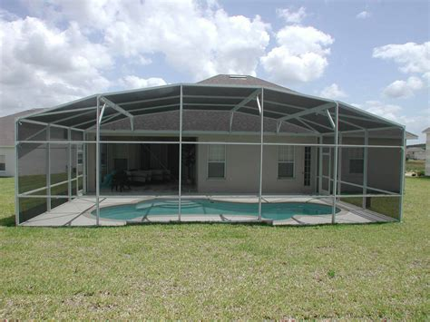 how much does it cost to build a pool screen enclosure