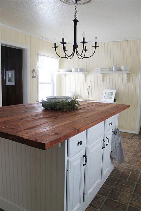 Best 25  Farmhouse kitchen island ideas on Pinterest