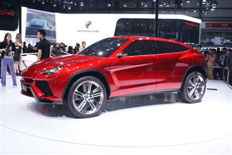 suv lamborghini it 39 s official lamborghini 39 s suv coming in 2018 will be