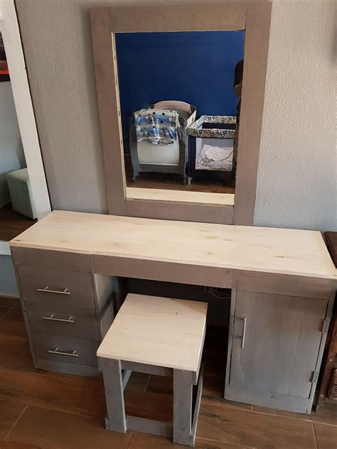 collection  nicely  pallet dressing table ideas sensod