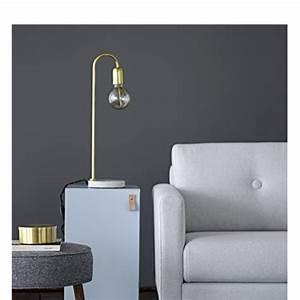 Lampe à Clipser : lampe poser design 15 bloomingville ~ Teatrodelosmanantiales.com Idées de Décoration
