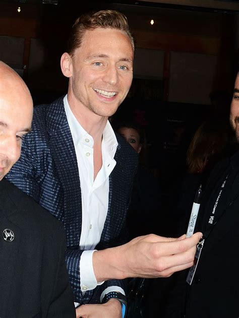 Tom Hiddleston Waxwork Looks Nothing 17 Best Images About Gt