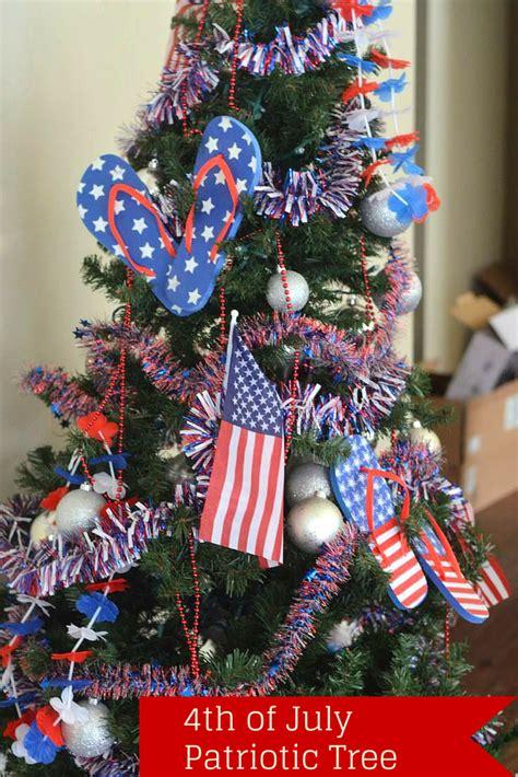 4th of july patriotic tree by mooshu jenne
