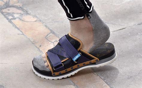 top  mens sandal trends  spring  footwear news