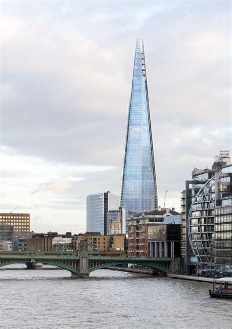 Renzo Piano Werke by Renzo Piano Defends S Skyscraper Boom Archdaily