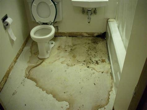 Water Leaking From Under Bathtub  Bathtub Designs