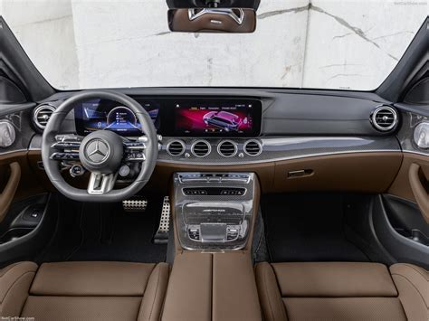 Explore vehicle features, design, information, and more ahead of the release. Mercedes-Benz E63 S AMG Estate (2021) - picture 69 of 97