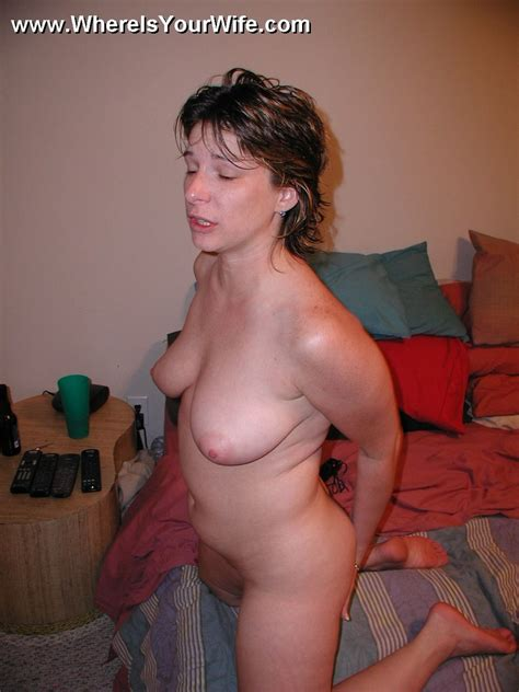 Sexy Amateur Plumper Wife Posing All Naked Xxx Dessert Picture