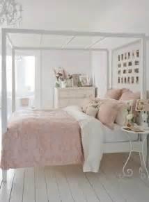 schlafzimmer romantisch gestalten shabby chic schlafzimmer wollen sie mehr romantik und gemütlichkeit