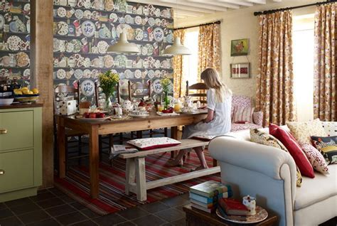 Emma Bridgewater Collection   Wallpapers   By Sanderson