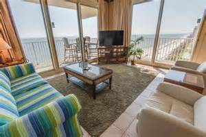 suffer luxurious accommodations at panama city condos