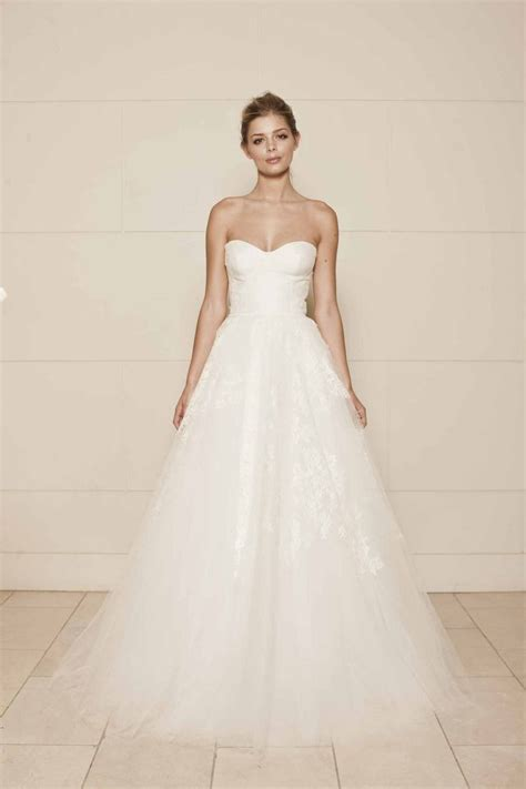 21 Ultra Romantic Tulle Wedding Dresses Modwedding