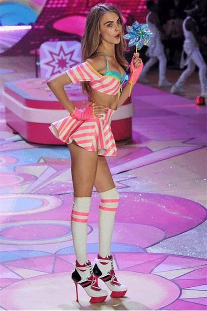 Secret Victoria Cara Delevingne Runway