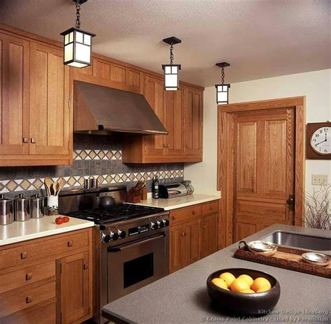 kitchen top cabinets 1000 images about arts and crafts kitchen on 3374