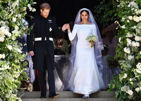 Markle Wedding Dress :  Duchess Meghan's Wedding Dress Needed 'one