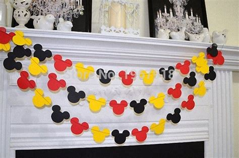 Cheap Mickey Mouse Bathroom Decor by Best 25 Mickey Mouse Banner Ideas On Mickey