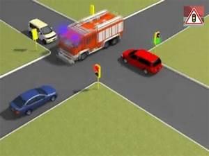 Véhicule Prioritaire Code De La Route : ordre de passage des voitures v hicules prioritaires youtube ~ Medecine-chirurgie-esthetiques.com Avis de Voitures