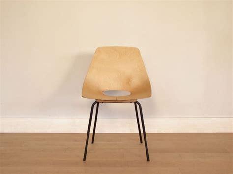 chaise guariche chaise tonneau amsterdam guariche vintage
