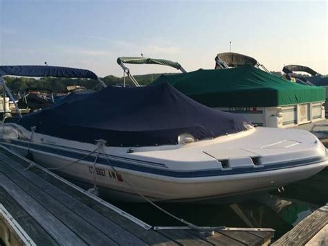 23 Foot Hurricane Deck Boat Gs 232 by Hurricane Gs 232 Deck 2001 For Sale For 8 750 Boats