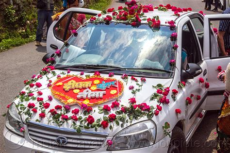 Dhula Car Decoration Hd Images by White Flowers Wedding Car 13 Background Wallpaper