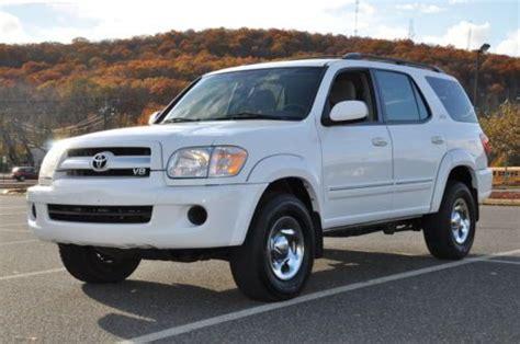 Buy Used 2006 Toyota Sequoia Sr5 Awd Suv 4-door No Reserve