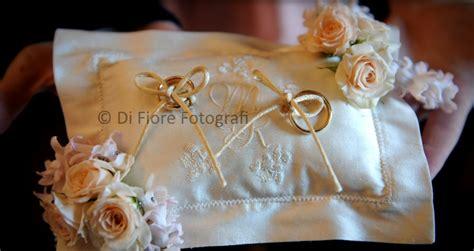 Con Il Cuscino - cuscino portafedi con fiori