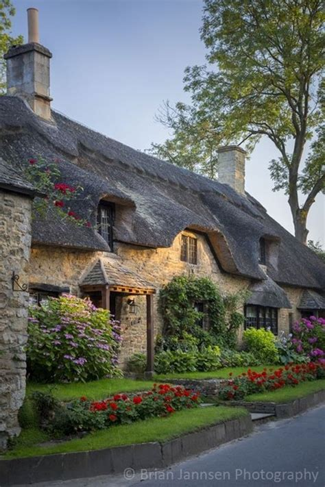 beautiful cottage houseplans 40 beautiful thatch roof cottage house designs