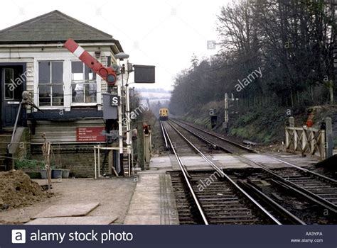 whyteleafe south station signal box  level crossing