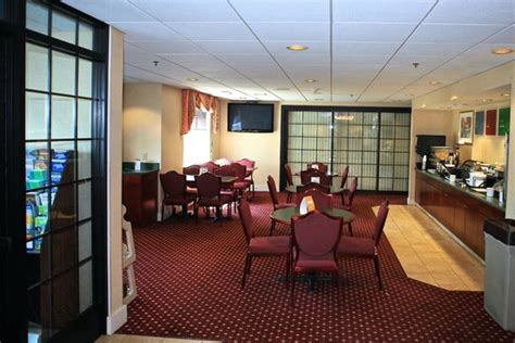 comfort inn plymouth mi comfort inn plymouth updated 2017 hotel reviews price