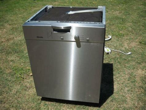 Countertop machines, on the other hand, have an equally effective brewing system but are. Miele stainless in-built DISHWASHER - made in Germany - exc cond | Dishwashers | Gumtree ...