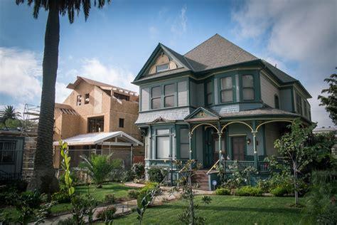 Inside The 'forgotten' Neighborhood In Los Angeles That's