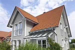 Keitel Haus Preise : holzhaus mit holzfassade in grau holzhaus aumann haus ~ Lizthompson.info Haus und Dekorationen