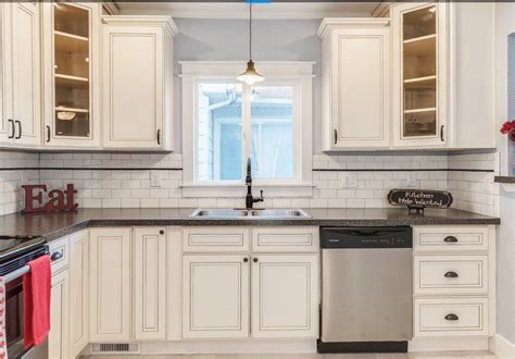 white antique kitchen cabinets antique cupboard reviews mariaalcocer 1250
