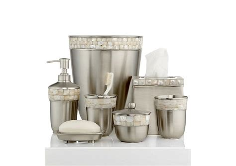 Trendy Modern Bathroom Accessories Set