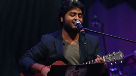 Arijit Singh Live At Kharghar (fan Recorded Videos