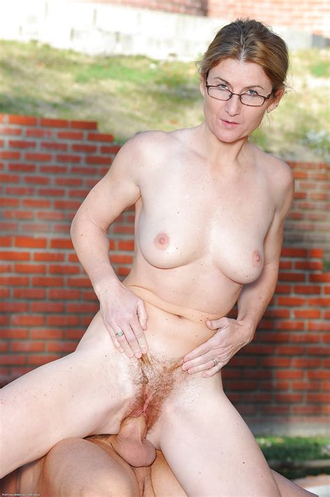 Glasses Clad Amateur Austin Scott Fingering Hairy Twat