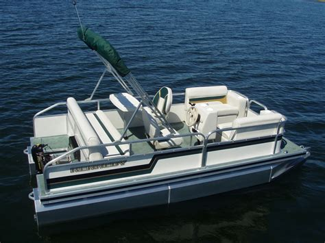 Pontoon Sports by 1700 Sport Pontoon Sport Pontoon Boats For Sale