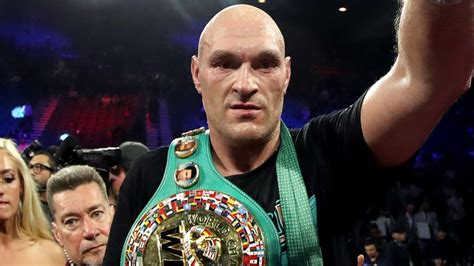 Tyson Fury fires warning to Deontay Wilder as he trains ...