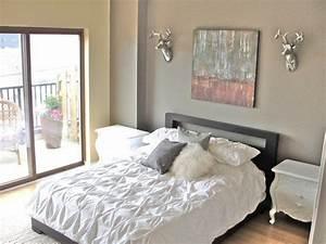 Dekoration Für Schlafzimmer : deko ideen schlafzimmer wanddeko graues bett dekokissen schlafzimmer pinterest graues bett ~ Indierocktalk.com Haus und Dekorationen