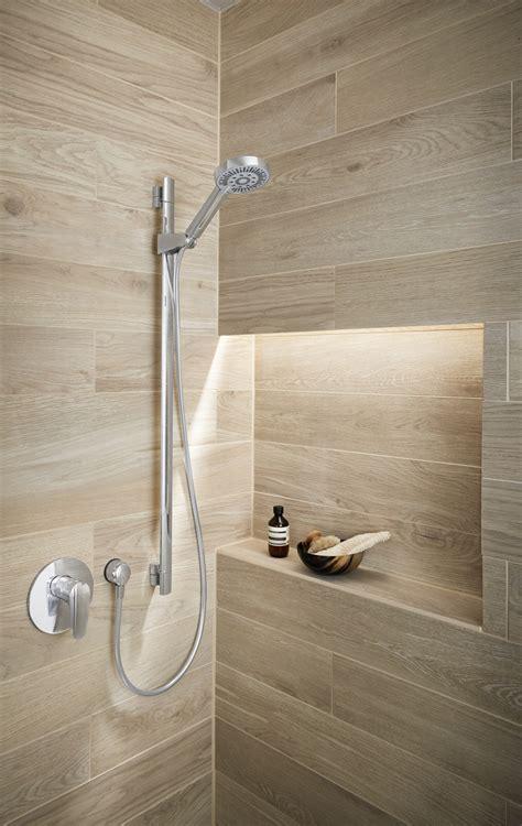 Badezimmer Modern Holzoptik by Fliesenverlegung Kachelofen Grabner