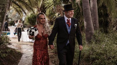 erste fotos  prunkvoll heirateten andreas und caro